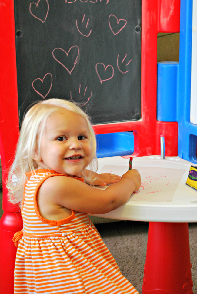 Creative Time With The Little Tikes 2 In 1 Art Desk And