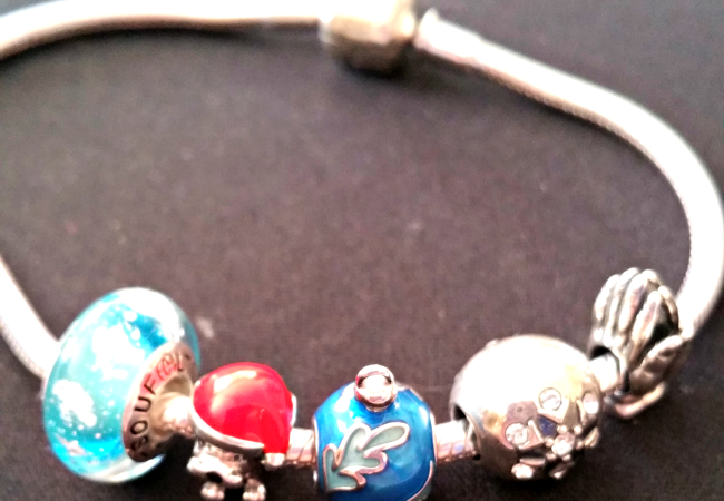 The perfect gift for the woman in your life… a Soufeel bracelet and charms
